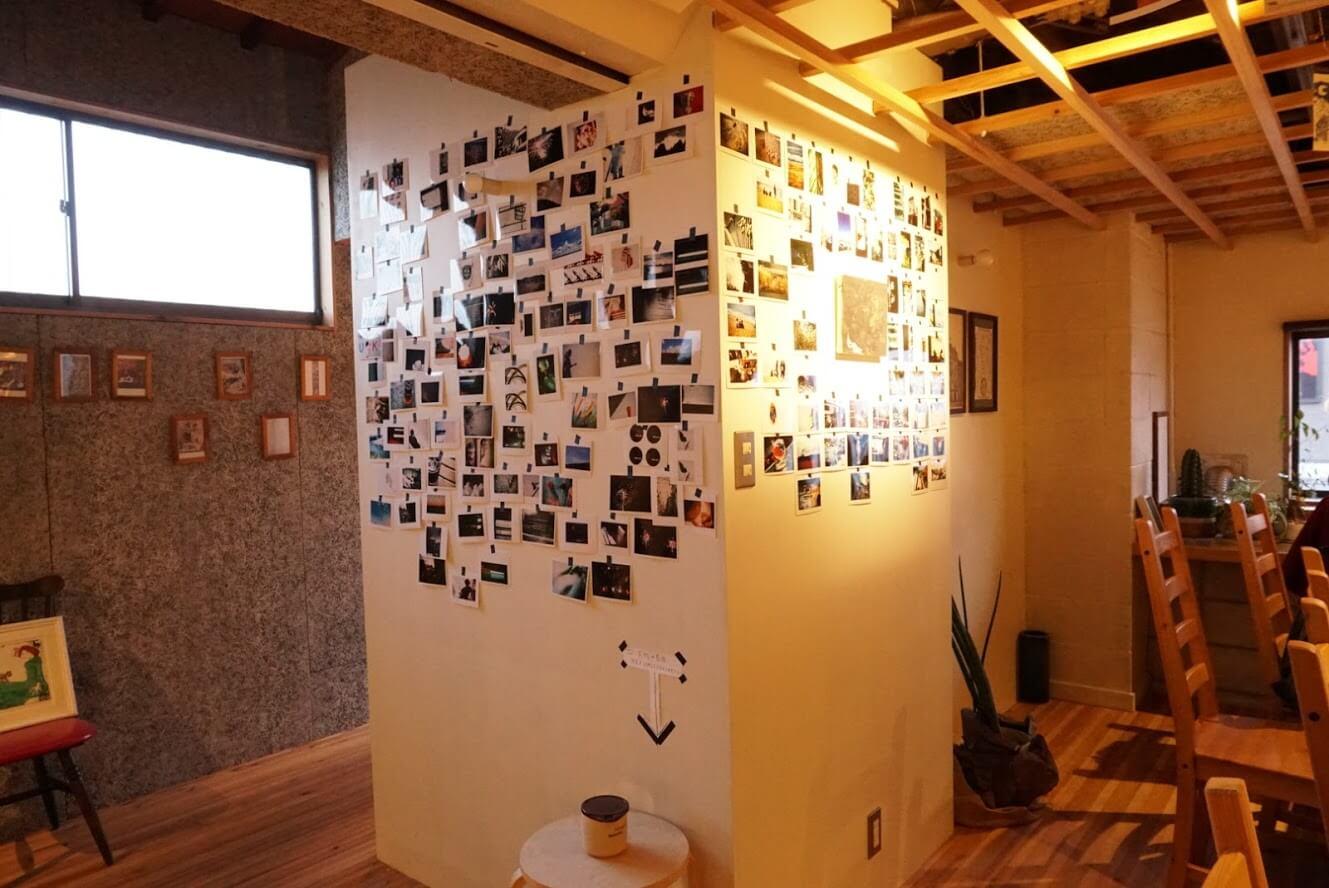 タテイト珈琲店の店内のポストカード