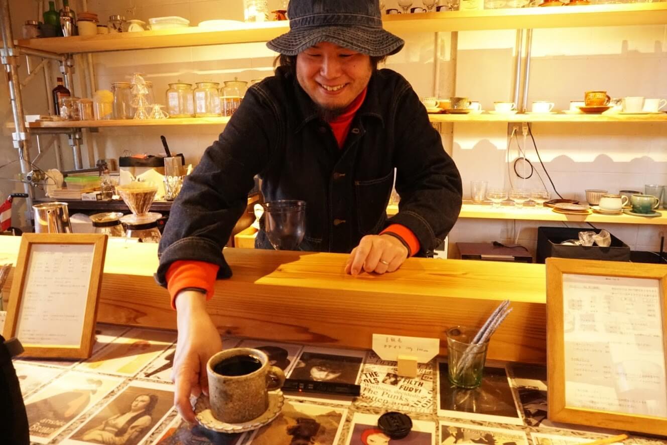 タテイト珈琲店店主、田中雅経さん