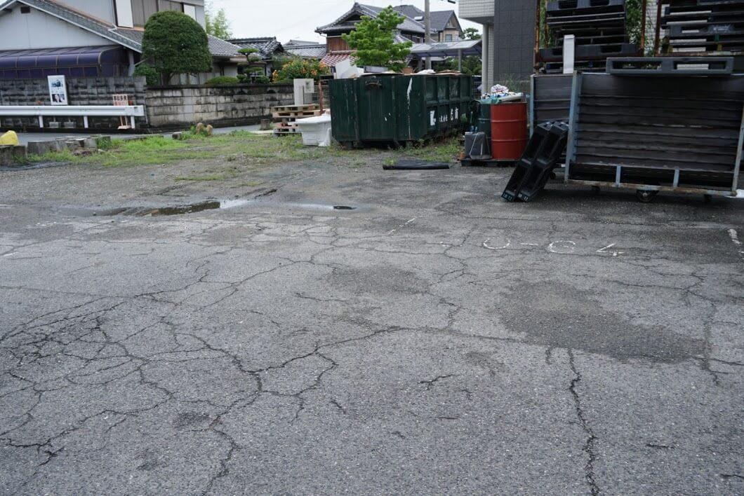 岡田本家駐車場