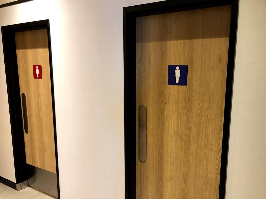 マクドナルド加古川店トイレ入り口