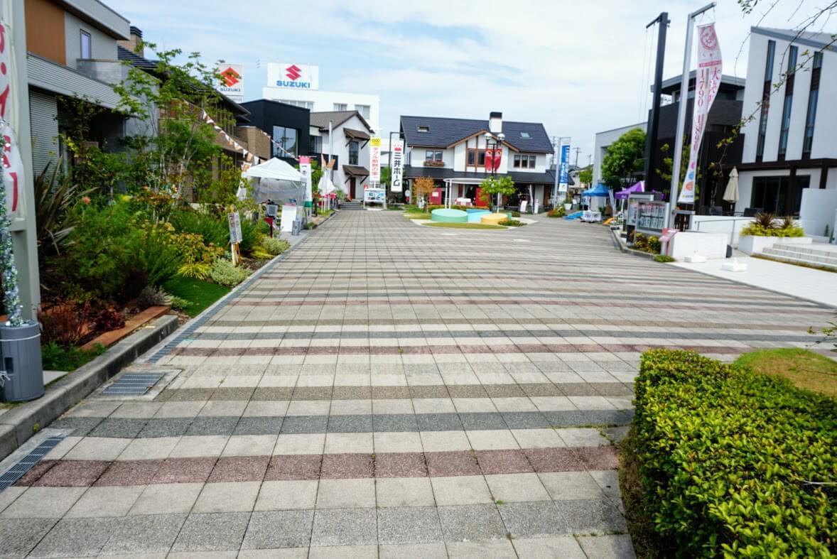神戸新聞ハウジングセンター加古川会場の西の奥のイベントスペース