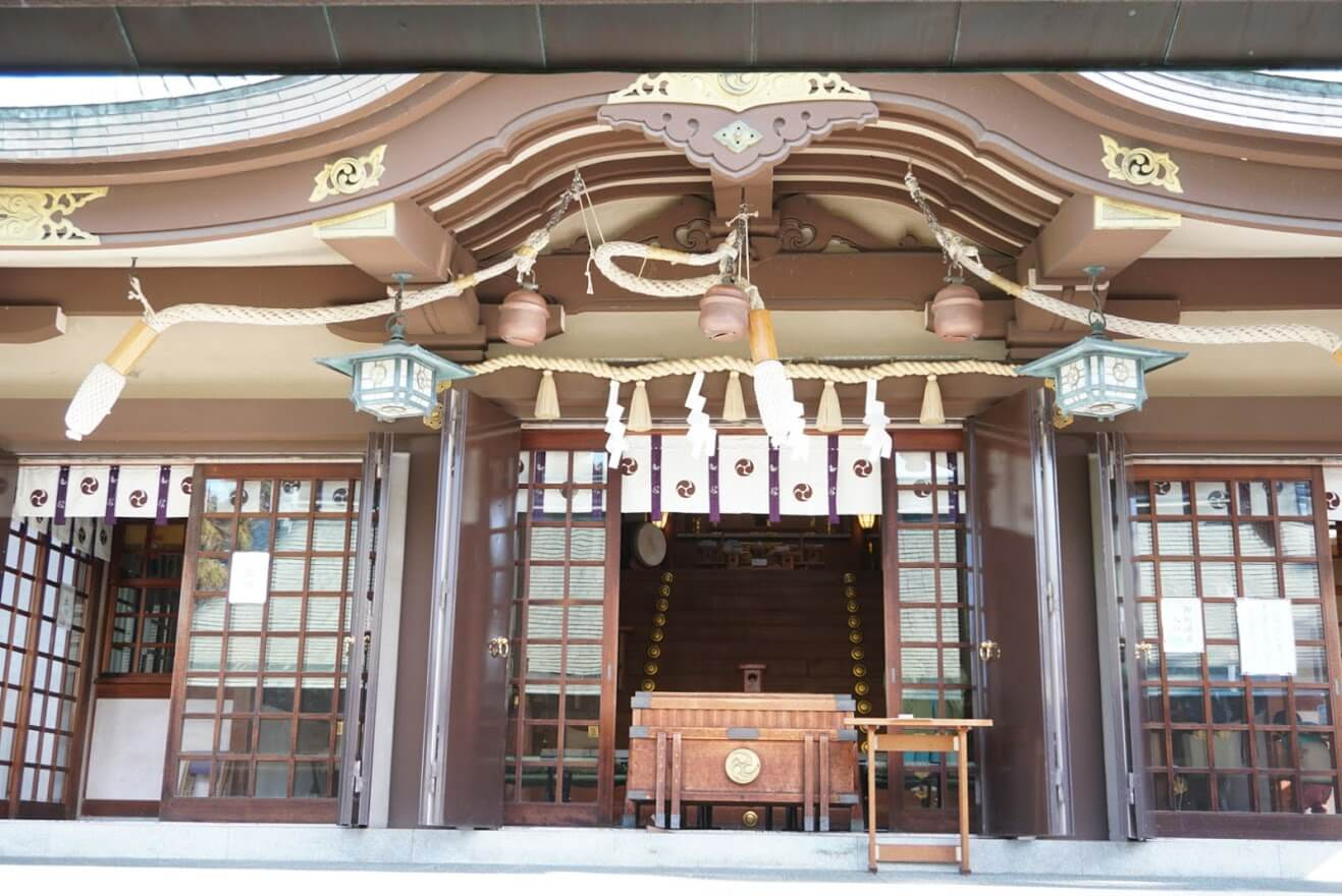 日岡神社社殿