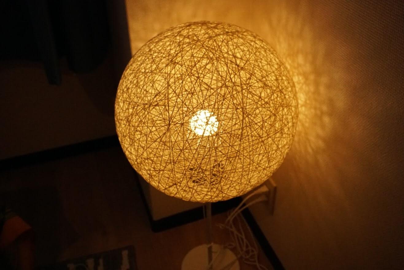 Coco Emmyのボール型ランプ
