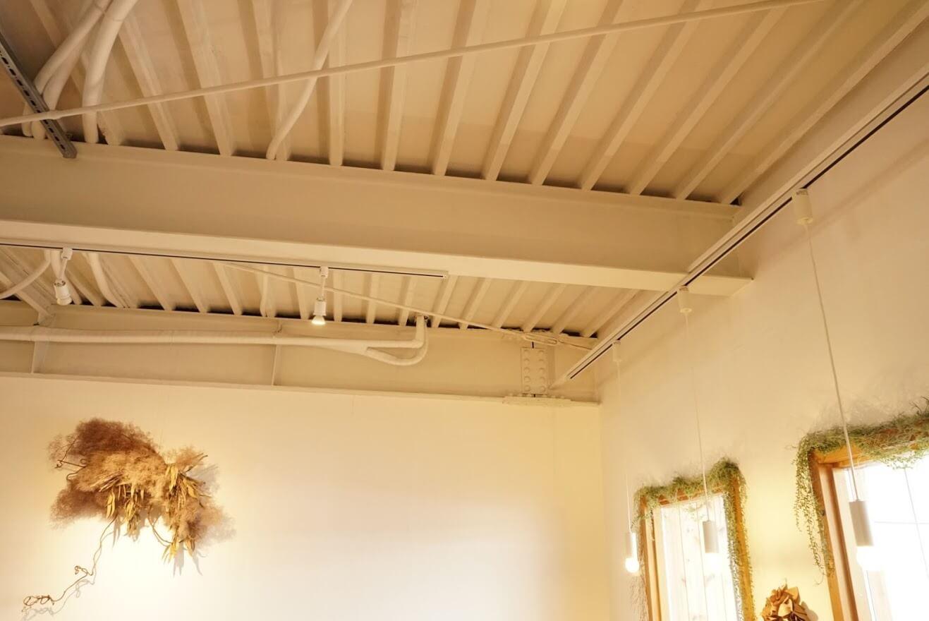 カフェこさじ天井
