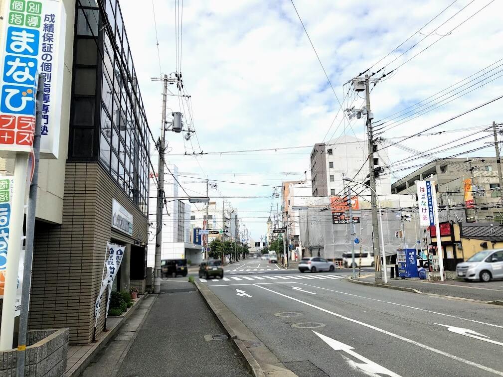 東加古川駅前交差点