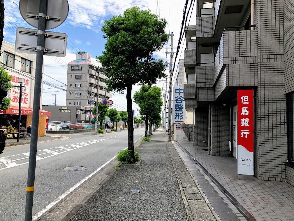 但馬銀行の東加古川ATMコーナー、ワークマンおかだ