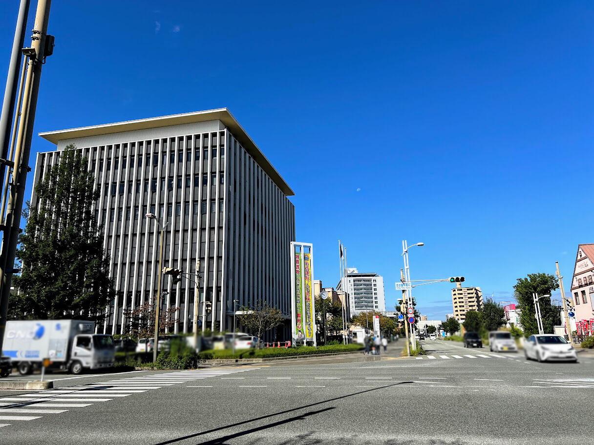 姫路警察署前交差点