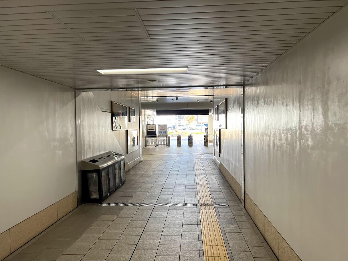 東姫路駅改札