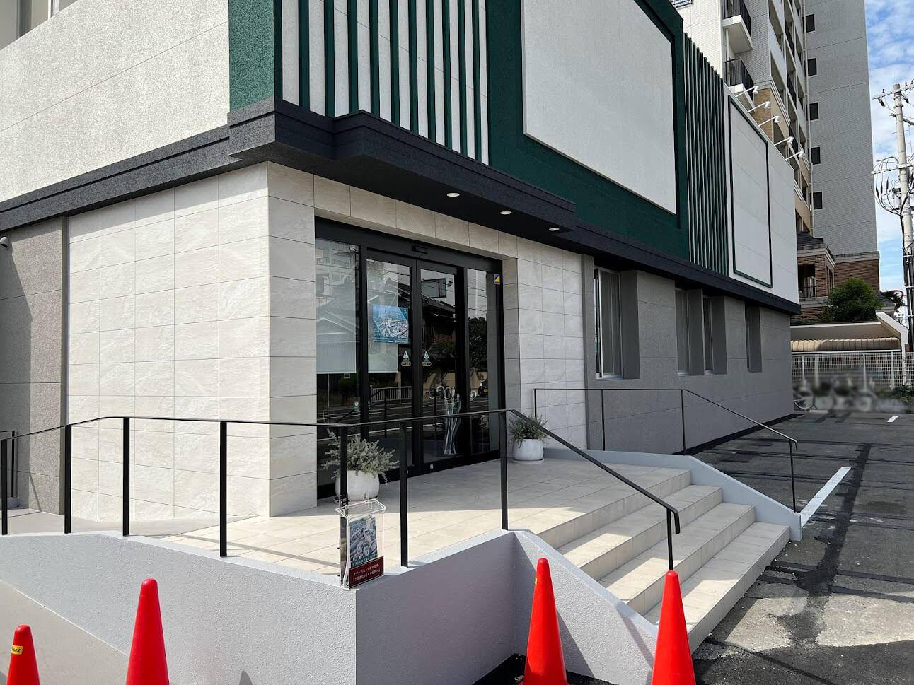 ブランシエラ加古川リアラスのマンションギャラリーっぽい建物